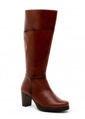 Bota caña alta  tacón 5 cm. marrón claro  de Desireé