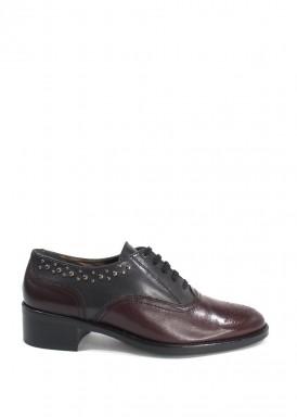 Zapato blucher tachuelas negro y burdeos. Artesano Losal