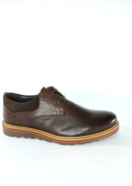 Zapato cordón liso color marrón con piso plano  de Bola 22