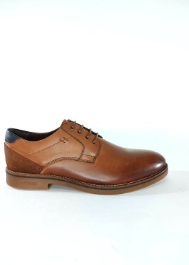 Zapato cordón marrón liso. Bola 22