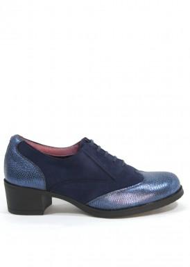 Zapato cordón ante y piel grabada, azul . Membrana Impermeable.Piso bajo. Tubolari