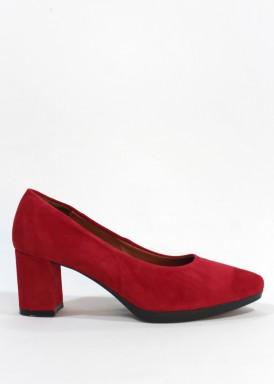 Zapato salón ante rojo, tacón forrado 5 cm. Desireé
