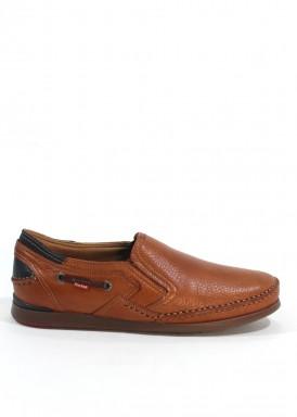 Zapato de piel suave con gomas laterales. Especial pies delicados. Color cuero. FLUCHOS.