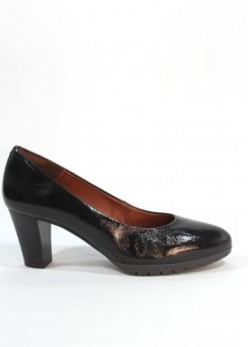 Zapato salón charol confortable, tacón ancho 5 cm. Marrón. Desireé.