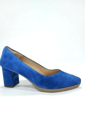 Zapato salón ante azul eléctrico, tacón forrado 5 cm Desireé