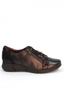 Zapato de cordón  y cremallera de piel con grabado serpiente en talón. Piso goma. FAP