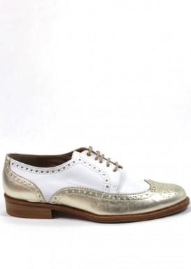 Zapato mujer de cordón de piel ,estilo oxfor en blanco y dorado. Hecho a mano. LOSAL