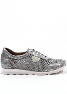 Zapatilla deportiva mujer de cordón,  de piel y regilla, en gris y plata. Pasther.