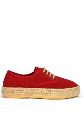 Zapato de serraje de cordón con piso de esparto. Color rojo.  Calzados Subirán