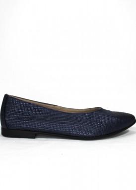 Zapato mujer de piel estilo francesita. Piso plano. Color azul marino. CARLA ROSETTI