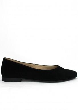 Zapato mujer de ante estilo francesita. Piso plano. Color negro. CARLA ROSETTI
