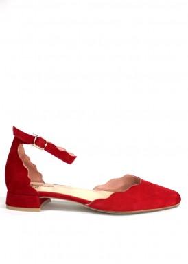 Zapato de vestir de ante cerrado punta y talón. Color rojo. Tacón 2 cm. ROLDÁN