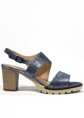 Sandalia tacón ancho 5 cm. piel grabada, color  azul-plata. TOLINO