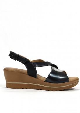 Sandalia cuña media negra y plateada. Mipascu