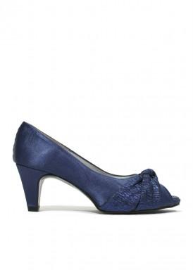 Zapato salón abierto en punta lazo azul noche. Ana Román