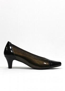 Zapato vestir ancho especial en charol. Tacón fino 5 cm.  Charol. Pasther