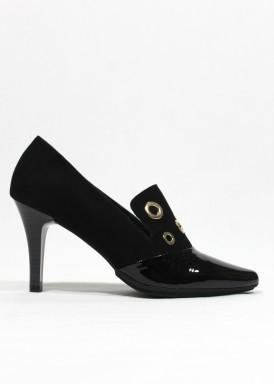 Zapato de copete en ante y charol. Negro . Pasther