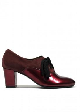 Zapato de vestir de cordón de charol y ante. Granate. Tacón 5 cm. ROLDAN