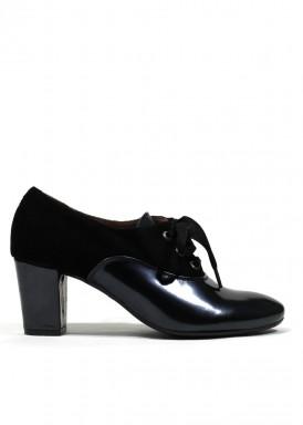 Zapato de vestir de cordón de charol y ante. Negro. Tacón 5 cm. ROLDAN