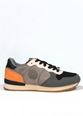 Zapatilla deportiva antelina, textil y nylon. Gris. XTI