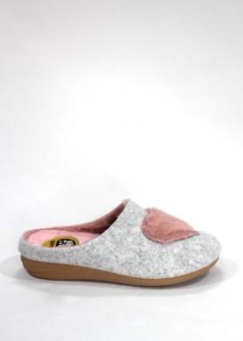 Zapatilla descalza mujer gris corazón rosa. Laro
